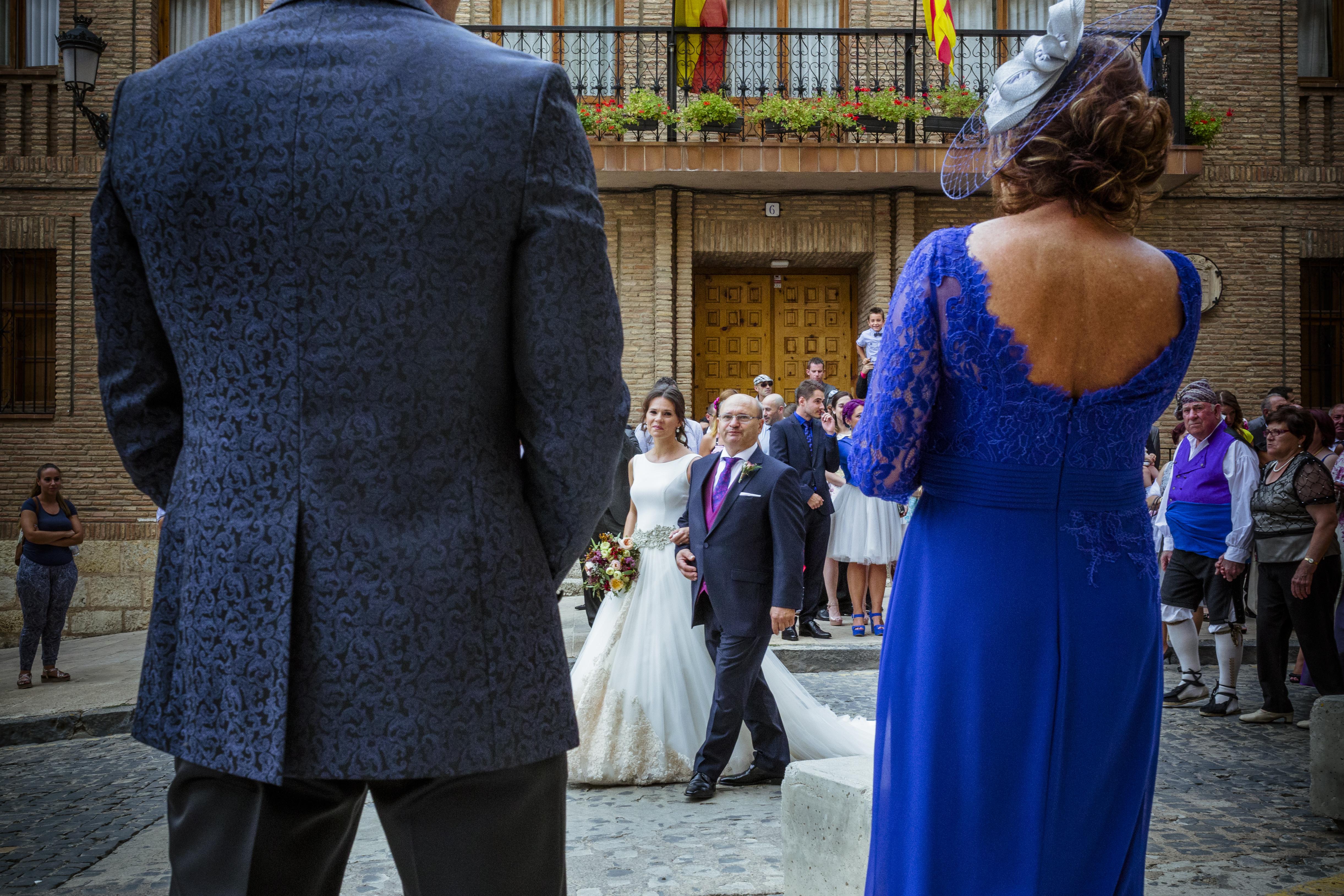 mandarina wedding, fotografos de boda, fotoperiodismo de boda, mejores fotografos de boda, bodas soria, bodas pirineo, bodas Madrid, fotógrafo daroca_14