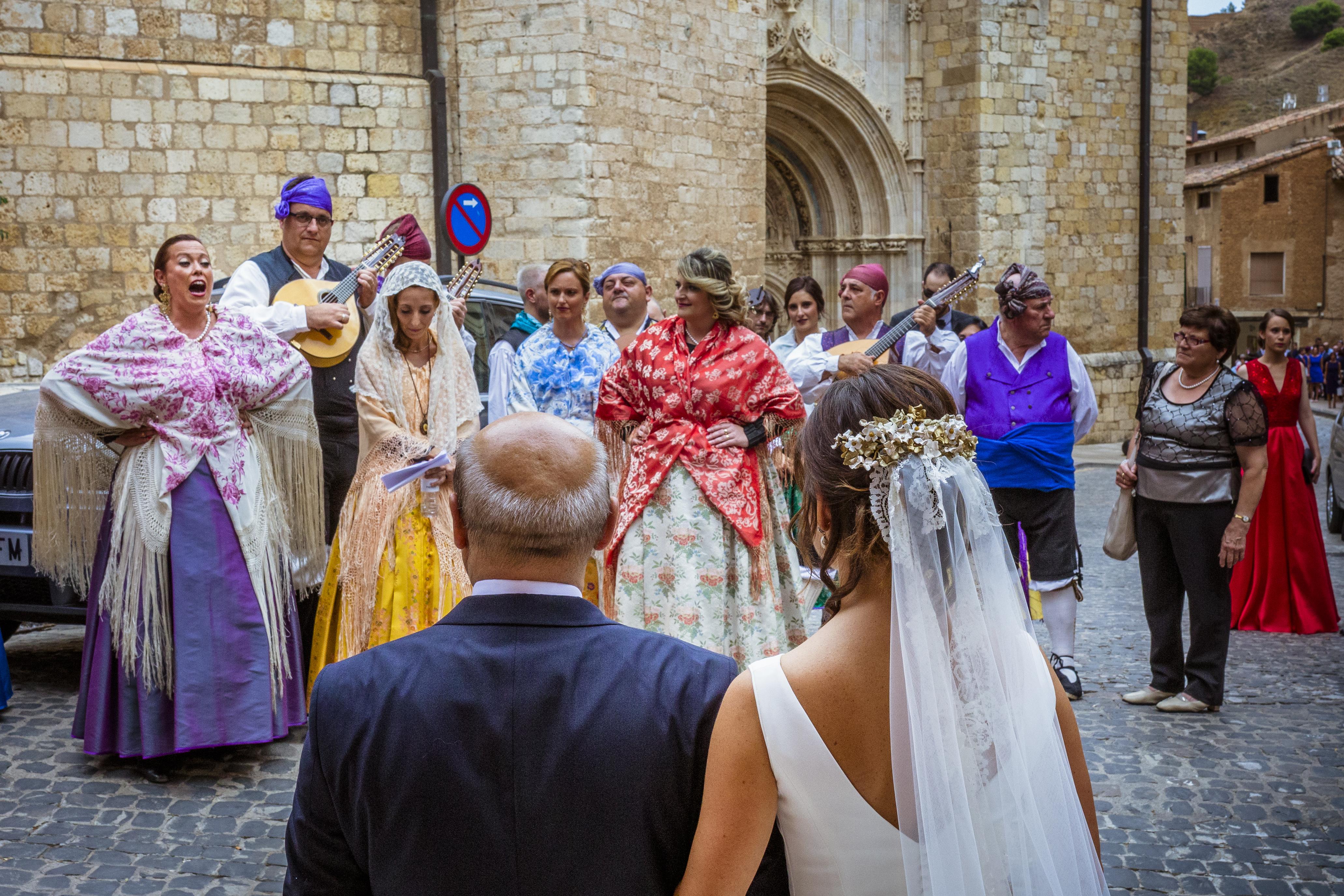 mandarina wedding, fotografos de boda, fotoperiodismo de boda, mejores fotografos de boda, bodas soria, bodas pirineo, bodas Madrid, fotógrafo daroca_19
