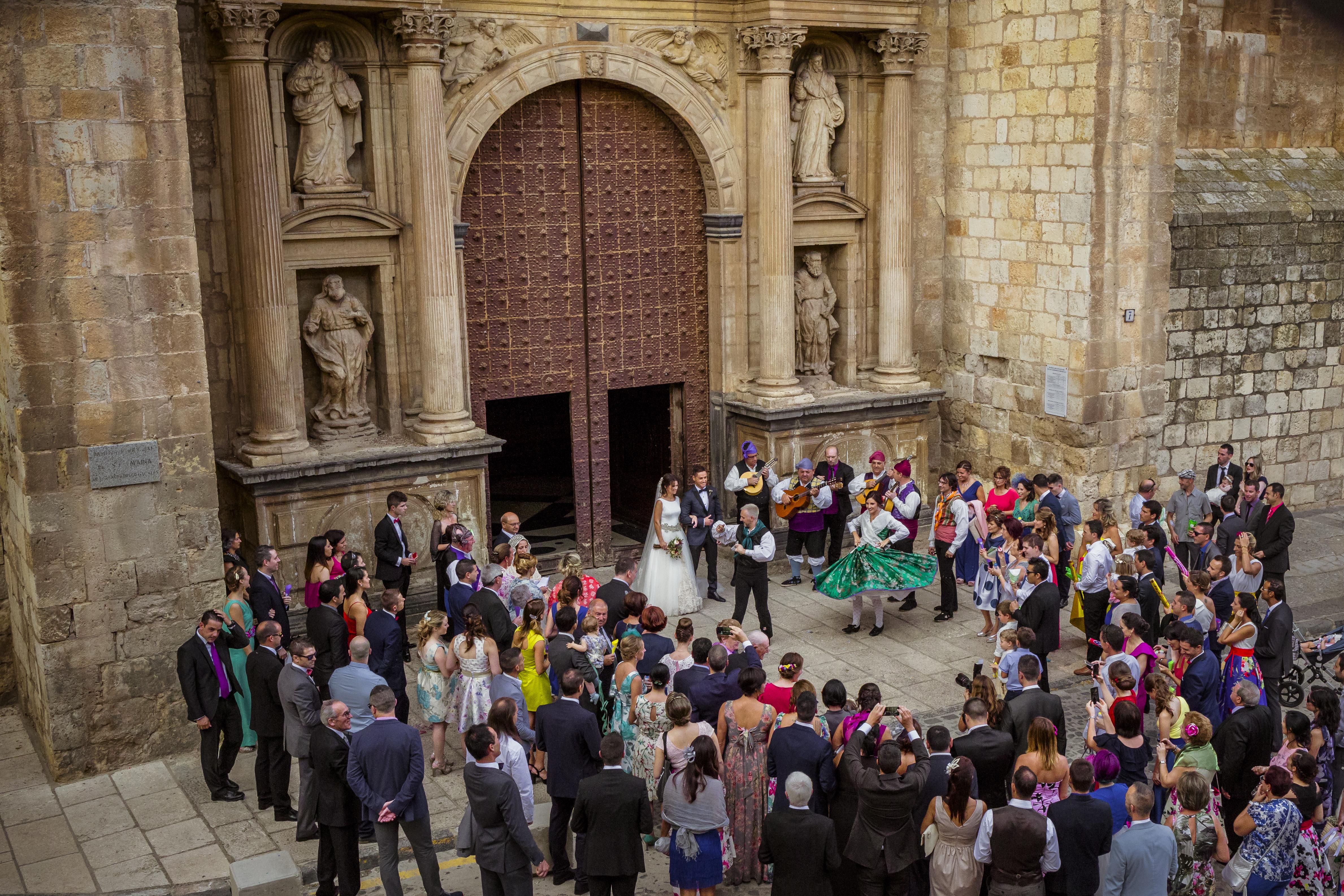 mandarina wedding, fotografos de boda, fotoperiodismo de boda, mejores fotografos de boda, bodas soria, bodas pirineo, bodas Madrid, fotógrafo daroca_24