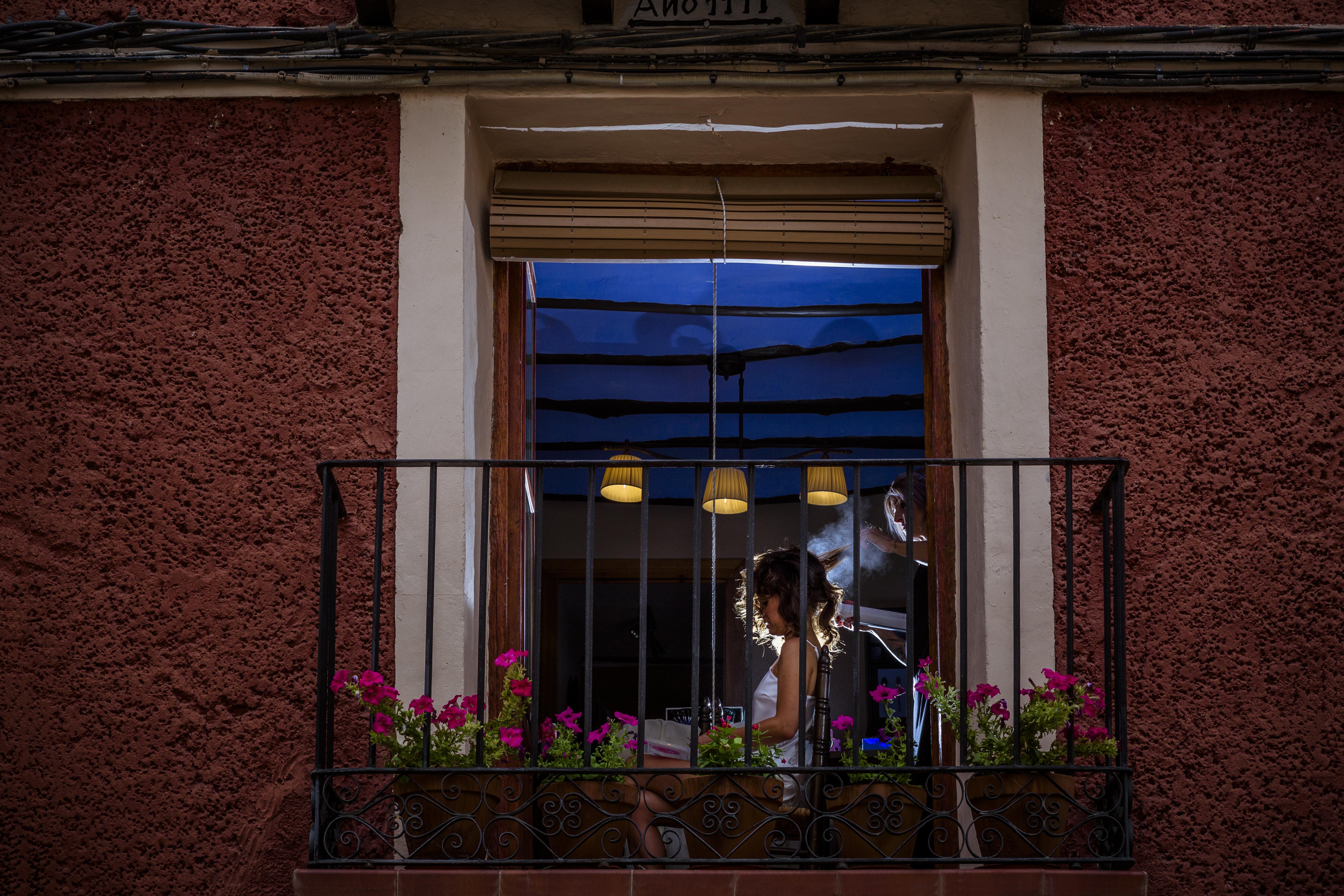 mandarina wedding, fotografos de boda, fotoperiodismo de boda, mejores fotografos de boda, bodas soria, bodas pirineo, bodas Madrid, fotógrafo daroca_30